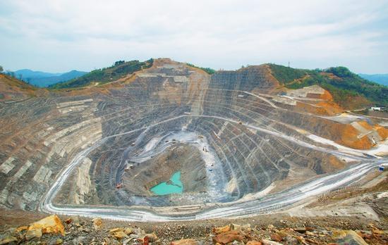 最大外资贵金属生产商退出中国